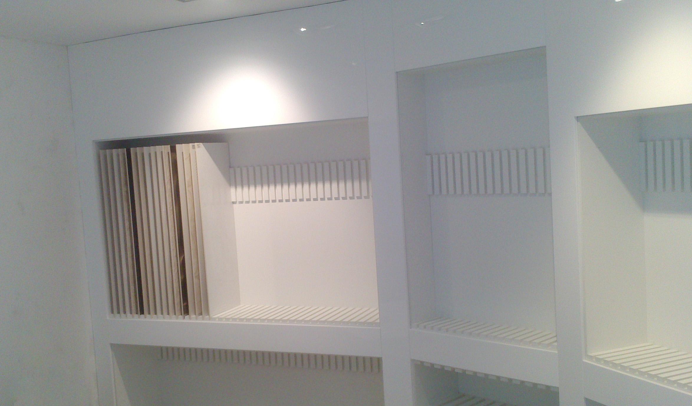 Mueble a medida para exposición cerámica