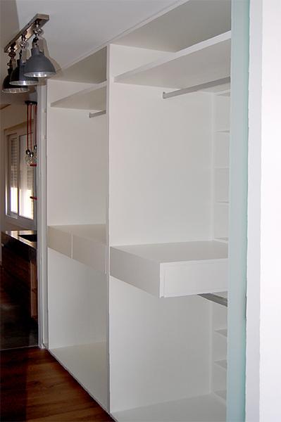 Mobiliario para pasillo con vestidor y zapatero mb concept - Armarios para pasillos ...