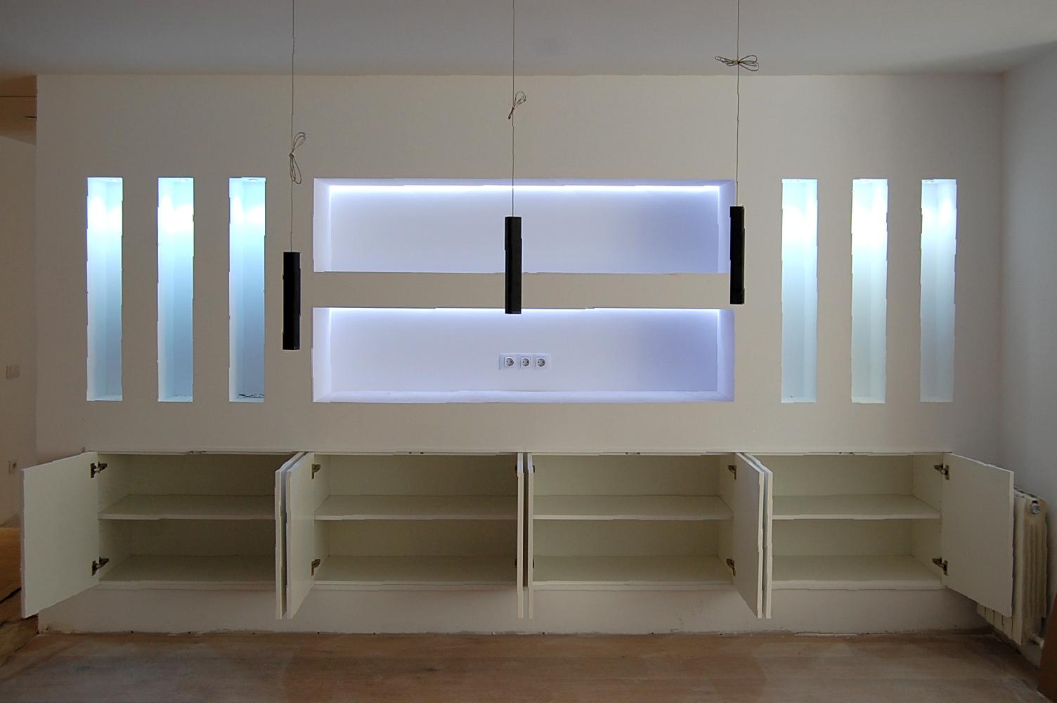 mueble comedor a medida instalado en hueco de pladur mb On comedor completo lacado blanco de proposito