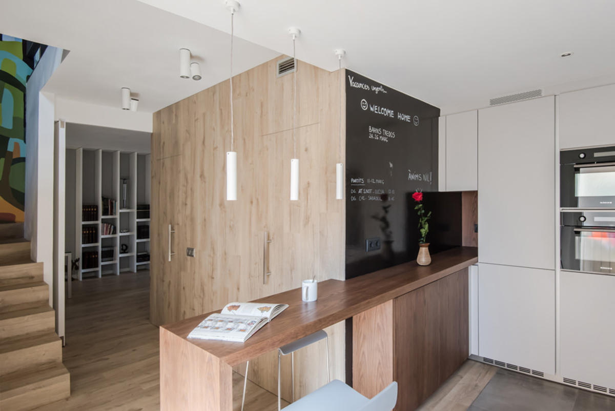 Barra para cocina en madera rechapada
