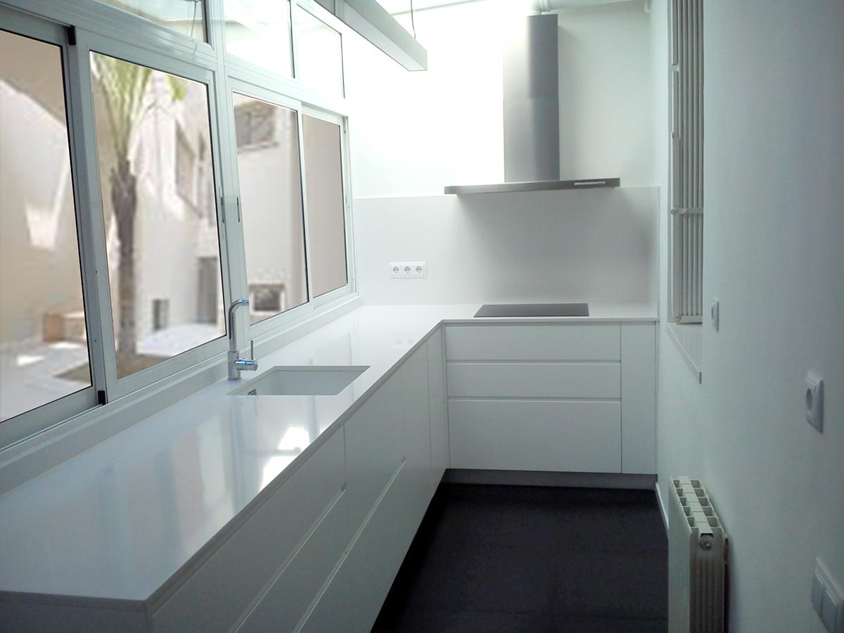 mueble de cocina en l a medida mb concept
